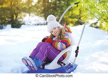hiver, séance, enfant, ensoleillé, traîneau, jour, heureux