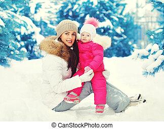 hiver, séance, enfant, neige, mère, sourire, jour, heureux