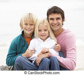 hiver, séance, père, ensemble, plage, enfants