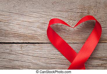 hjärta gestaltade, trä, över, valentinkort, bakgrund, bord, dag, band
