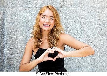 hjärta, kvinna, kärlek, visande, ung vuxen, räcker, caucasian