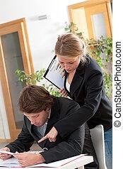 hjælpsom, kvindelig, workmate