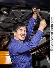 hoben, arbeitende , auto, unterhalb, mechaniker, glücklich