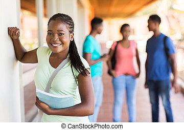 hoch, weiblicher student, afrikanisch, schule
