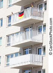 Hochhaus - Wohnhaus mit Balkonen, Bremen, Deutschland,...