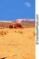 Hogan Monument Valley