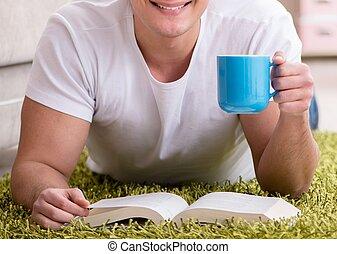 hogar, libro, lectura, hombre, piso