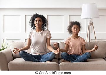 hogar, yoga, sofá, madre, practica, hija, africano