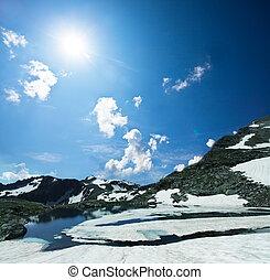 hoge bergen, meer