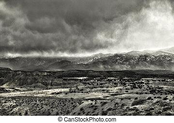 hoge wolken, woestijn, storm