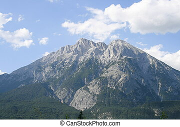 Hohe Munde with Telfs in Tyrol