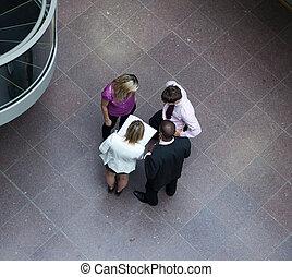 hoher winkel, von, businessteam, aufeinanderwirken, mit,...