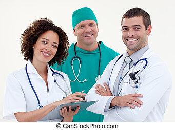 hold, i, doktorer, smil, kamera
