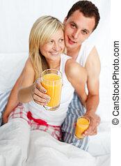 holdingen, apelsinsaft, glas, kvinna