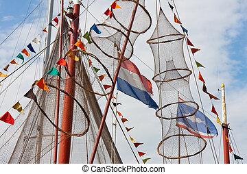 hollande, urk, drapeaux, pêchant village, décoré, filets, bateau