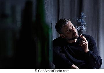 hombre, adicto, a, fumar