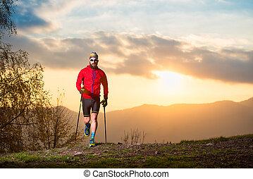 hombre, atleta, con, rastro, barba, rastro, con, palos, en, ocaso