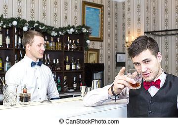 hombre, bebida, alcohol