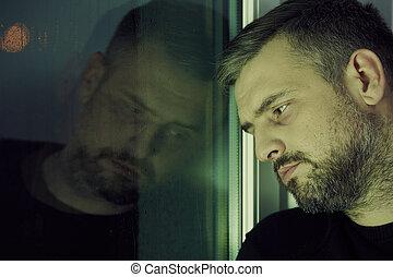 hombre, cerca, el, ventana