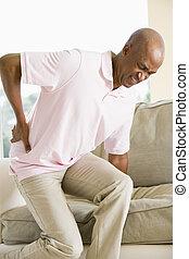 hombre, con, dolor de espalda