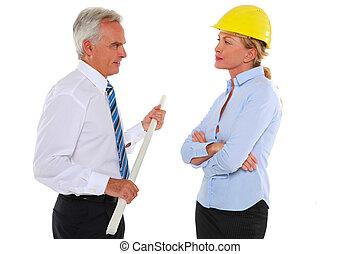 hombre, con, plan, y, mujer, arquitecto, con, sombrero duro