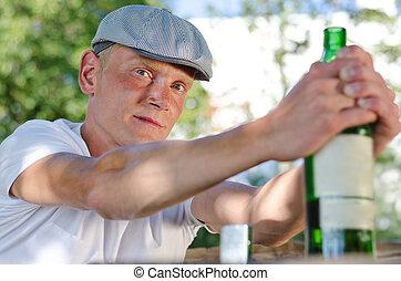 hombre, con, un, problema alcohol
