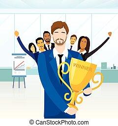 hombre de negocios, conseguir, premio, ganador, taza, gente,...