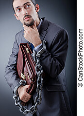 hombre de negocios, disparando, detenido, estudio