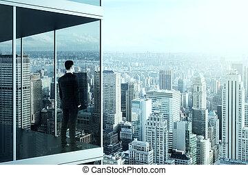 hombre de negocios, en, el, moderno, edificio de oficinas