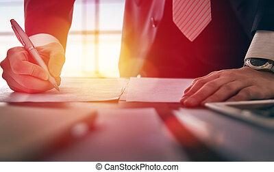 hombre de negocios, firma, documentos