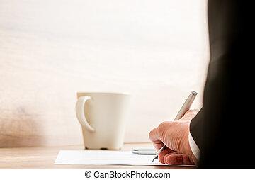 hombre de negocios, firma, un, documento, o, contrato