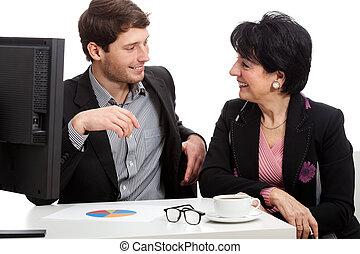 hombre de negocios, hablar, con, cliente
