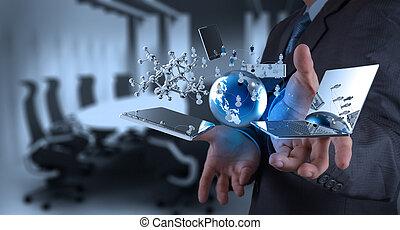 hombre de negocios, tecnología moderna, trabajando