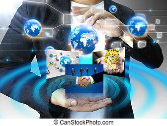 hombre de negocios, tenencia, empresa / negocio, mundo, conectado