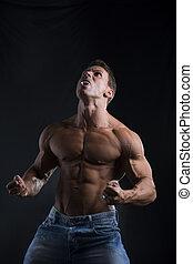hombre del músculo, dientes, puntiagudo, shirtless, rugir