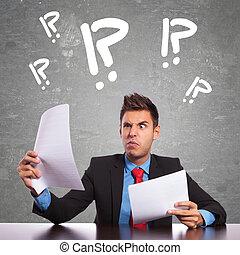 hombre, documentos, lectura, empresa / negocio, confuso