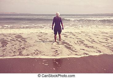 hombre, en, playa