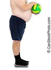 hombre, sobrepeso, estantes, peso escala