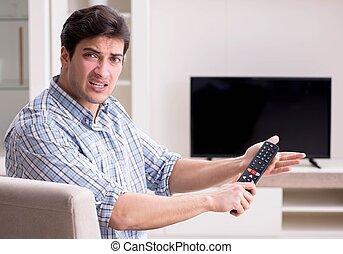 hombre, tratar, roto, aprieto, televisión