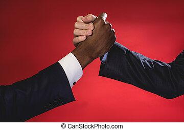 hombres de negocios, apretón de manos, hábil, amistoso