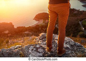 hombres, piernas, en, el, montaña