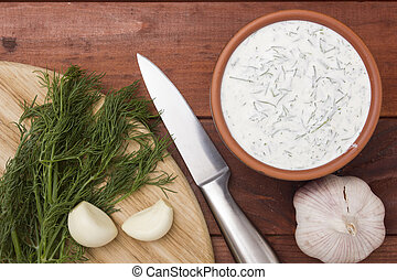 Home cooking - sauce, sour cream, garlic and dill.