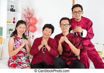home., famiglia asiatica, riunione