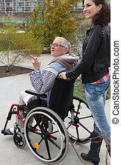 homecare, hos, senior kvinde, ind, wheelchair