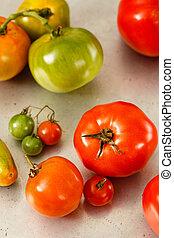 homegrown, verde vermelho, tomates