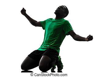 homem africano, jogador futebol, celebrando, vitória,...