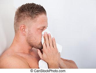 homem, com, um, gelado, soprando, seu, nariz