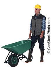 homem, com, vazio, carrinho de mão