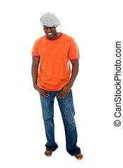 homem, em, tshirt, &, calças brim, 3