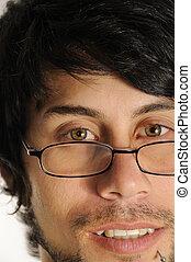 homem hispânico, com, óculos leitura